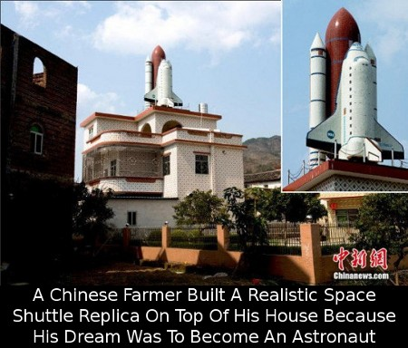 rooftop-space-shuttle-replica-550x385